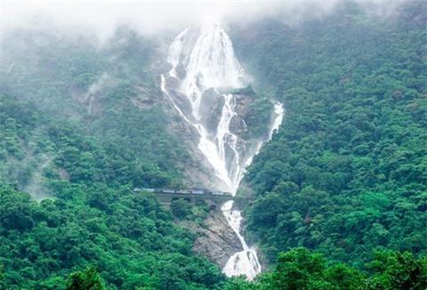14 thác nước đẹp nhất thế giới, có 2 địa danh của Việt Nam - Ảnh 12.