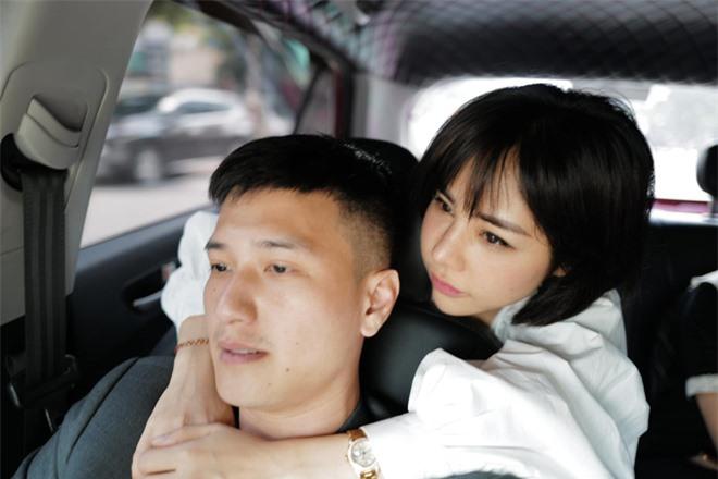 Huỳnh Anh lên tiếng tiết lộ lý do cầu hôn bạn gái hơn 6 tuổi và là mẹ đơn thân, làm rõ 1 điều về gia thế khủng của vợ sắp cưới - Ảnh 4.