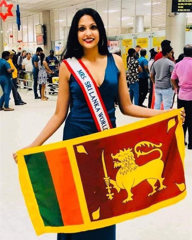 """Người giật phăng vương miện của Tân Hoa hậu Sri Lanka trên sóng truyền hình nhận kết cục thích đáng, """"nữ chính"""" lên tiếng đầy thâm sâu sau đó - Ảnh 3."""