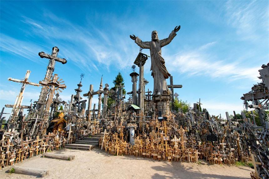 7 địa điểm ma quái nổi tiếng châu Âu, thách thức nỗi sợ của du khách - 10
