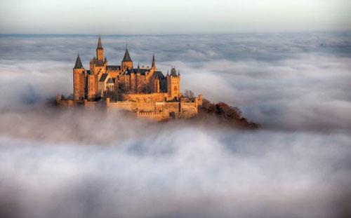 Ghé thăm những tòa lâu đài đẹp nhất châu Âu