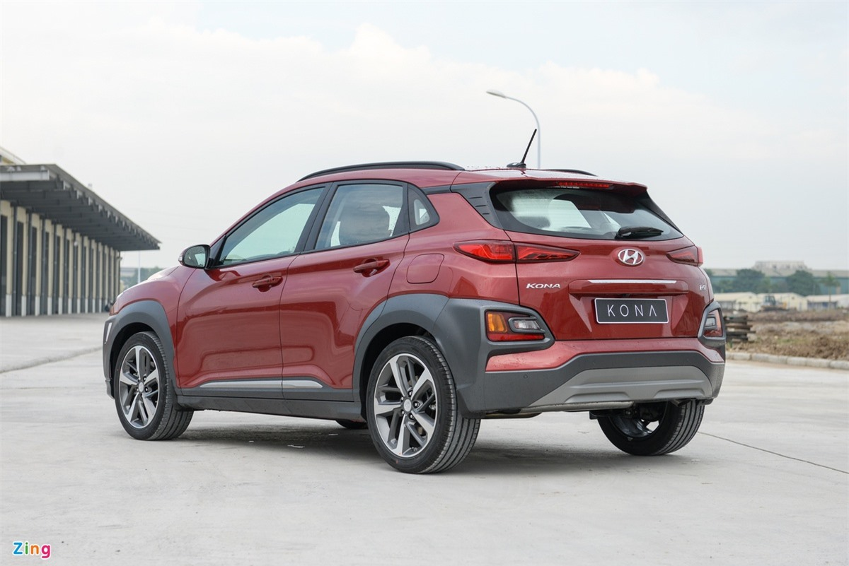 xe SUV giam gia manh thang 4 anh 2