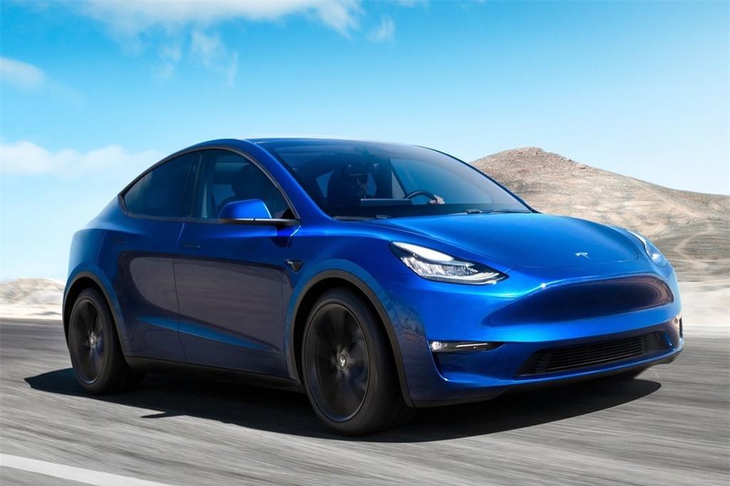 VinFast VF e35 se canh tranh voi mau xe nao cua Tesla? anh 5