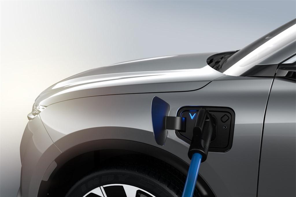 VinFast VF e35 se canh tranh voi mau xe nao cua Tesla? anh 10