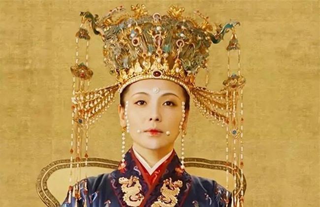 """Dung túng Phi tần loạn ngôn nói xấu """"chính thất"""", Hoàng đế bị Hoàng hậu tát đến xây xẩm mặt mày - Ảnh 4."""