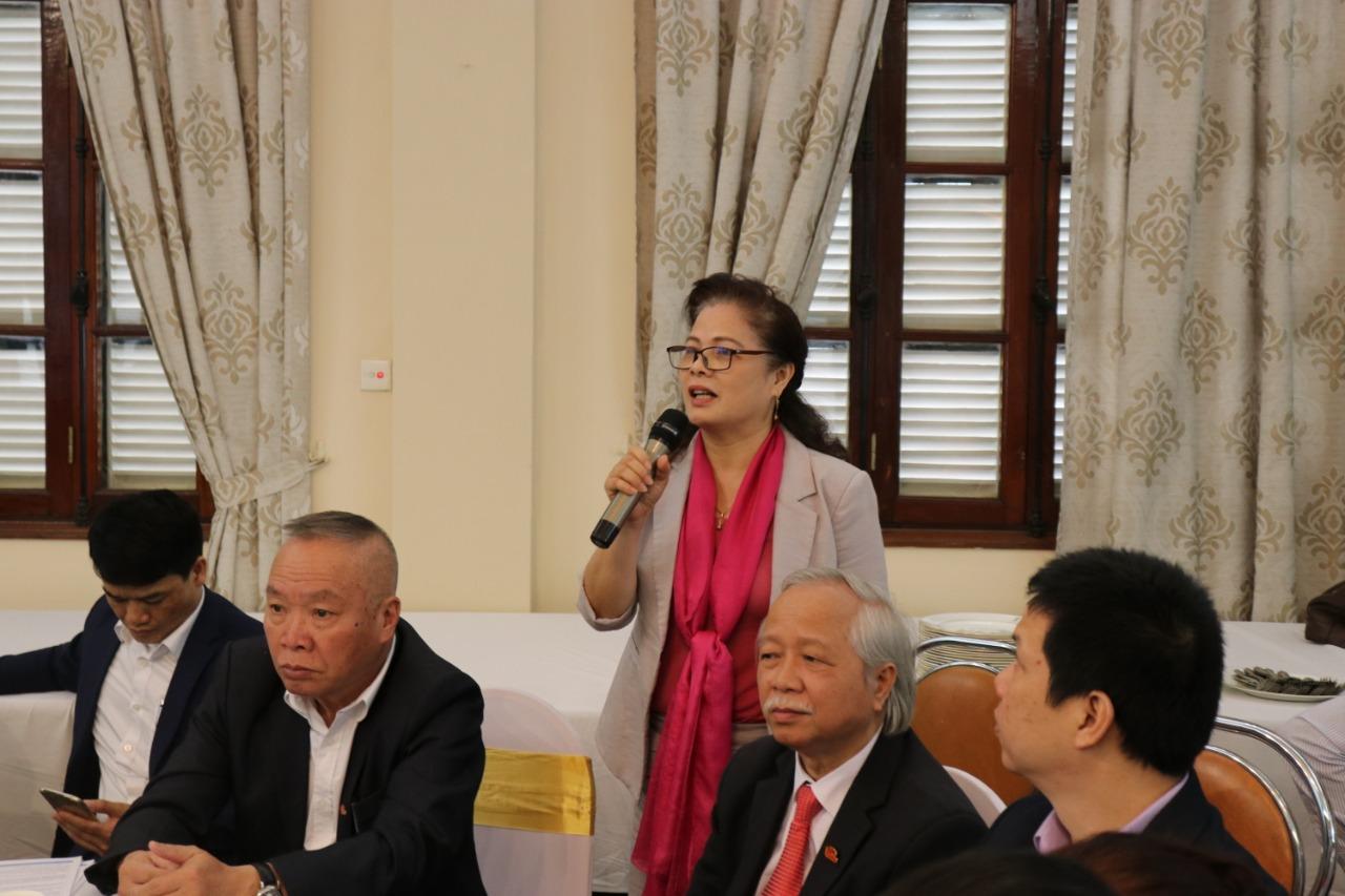 Các đại biểu tham gia thảo luận tại sự kiện