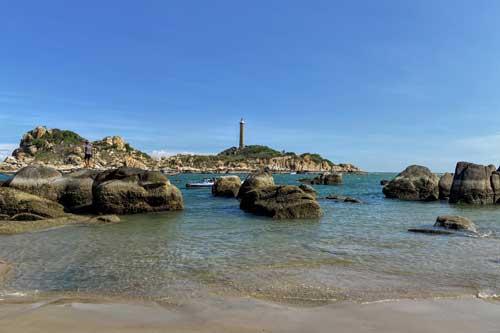"""Đến Kê Gà, Bình Thuận ngắm hải đăng hoàng hôn và """"đi bộ"""" trên biển"""