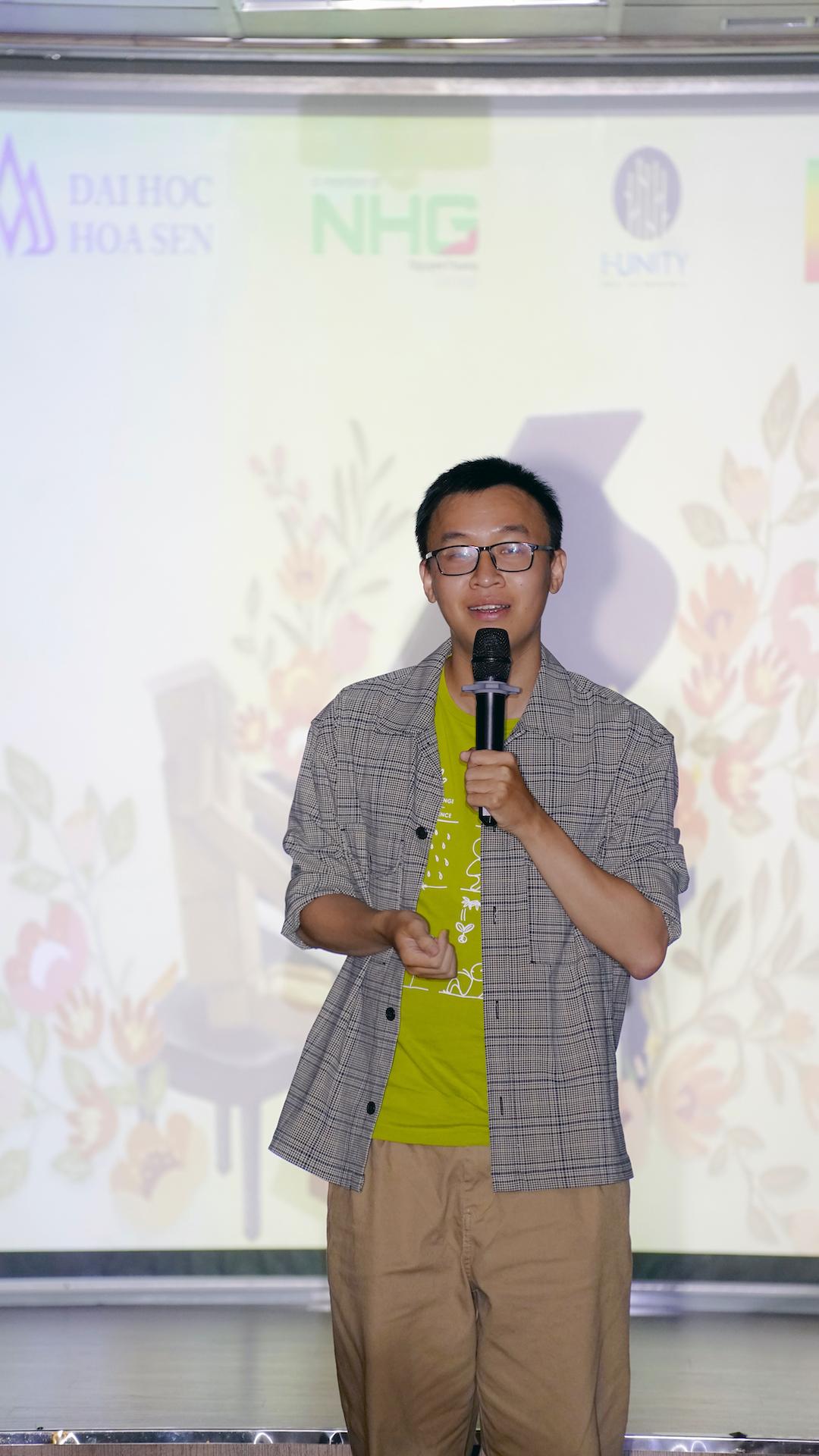 """""""Hãy dần thay đổi những thói quen xấu gây tác động không tốt đến môi trường sống"""", diễn viên Uy Lê - nhóm Sài Gòn Tếu nhấn mạnh"""