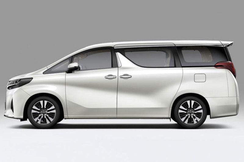 3. Toyota Alphard (doanh số: 10 chiếc).
