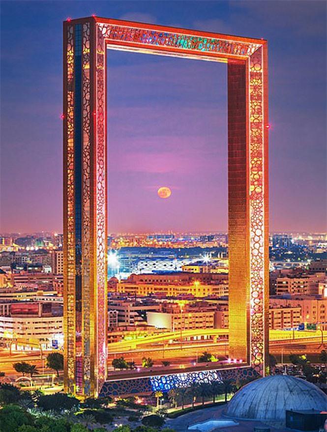 Báo Anh xếp cầu Vàng Đà Nẵng vào danh sách kỳ quan mới của thế giới - Ảnh 4.