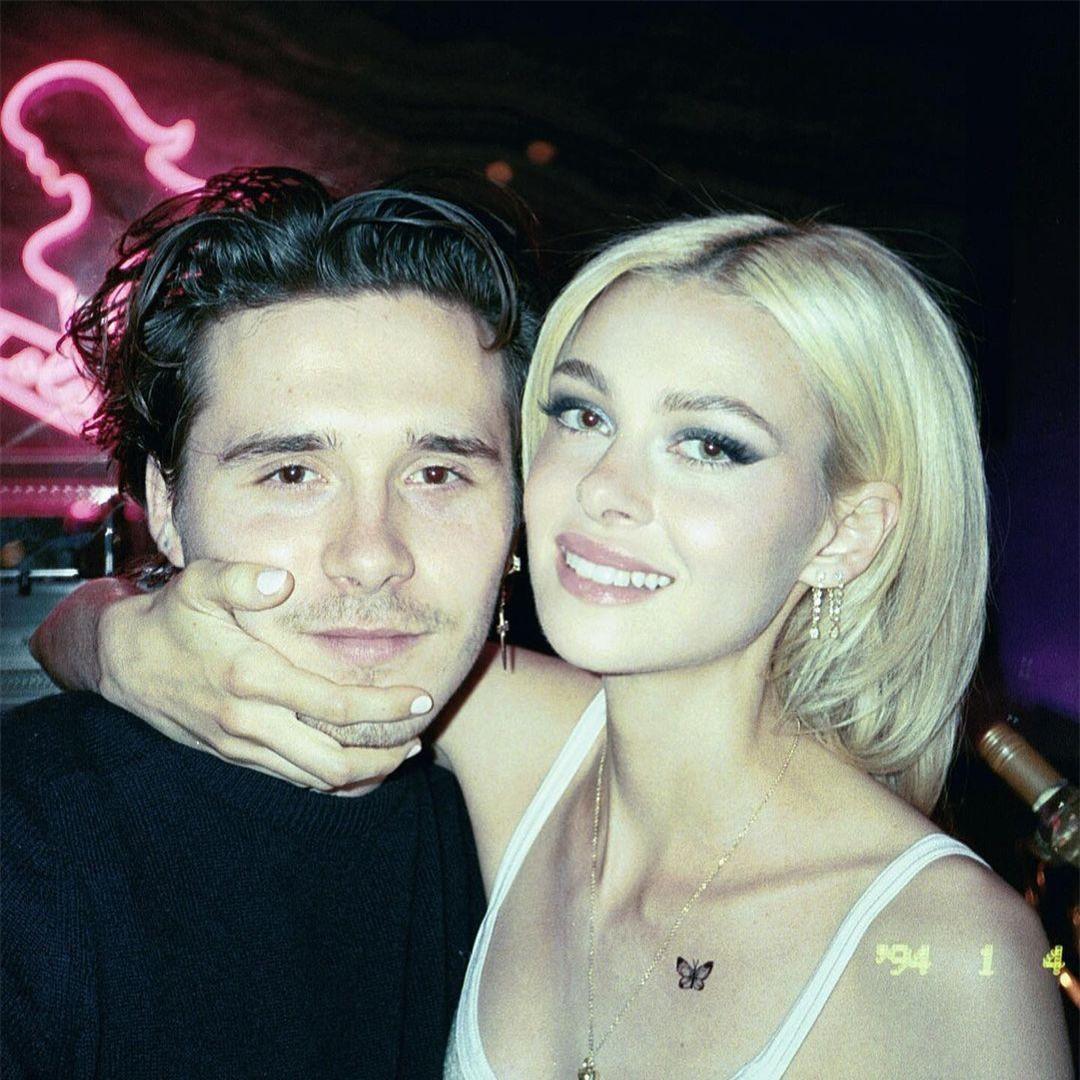 Cậu cả nhà Becks ôm eo hôn thê tình tứ trên Vogue Đức ảnh 9