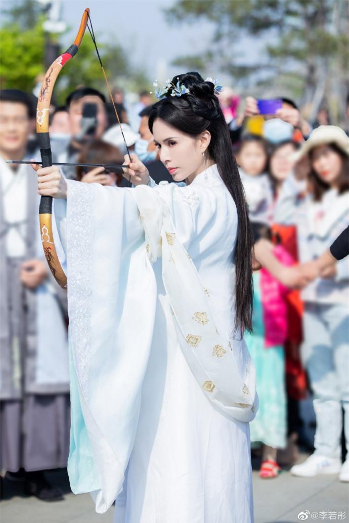 Ở tuổi U60, Lý Nhược Đồng vẫn đẹp ngây ngất khi tái hiện lại hình ảnh Tiểu Long Nữ - Ảnh 7.