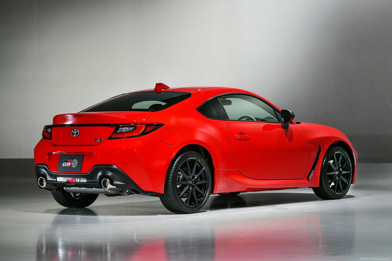 Cận cảnh Toyota GR 86 2022: Công suất 235 mã lực, giá chưa công bố
