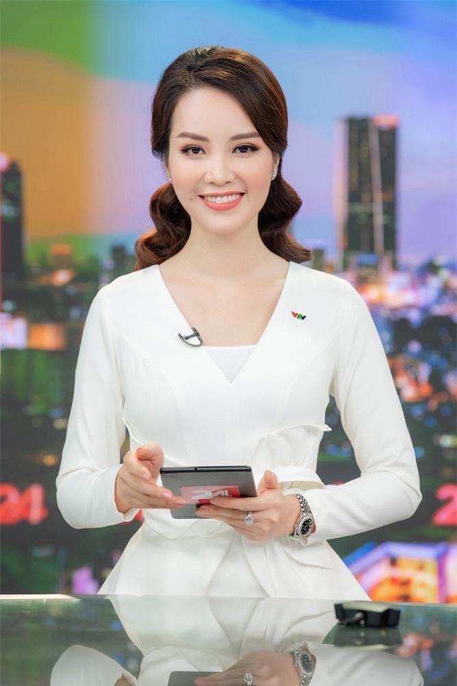 Những Hoa khôi đình đám của Đại học Ngoại thương từng dự thi Hoa hậu Việt Nam ảnh 12