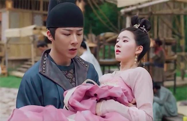 Trường Ca Hành: Trọn bộ cảnh yêu ngọt lịm của Triệu Lộ Tư - Lưu Vũ Ninh, đáng nói là nhà gái xóa dớp mập lùn, mặt nọng - Ảnh 9.
