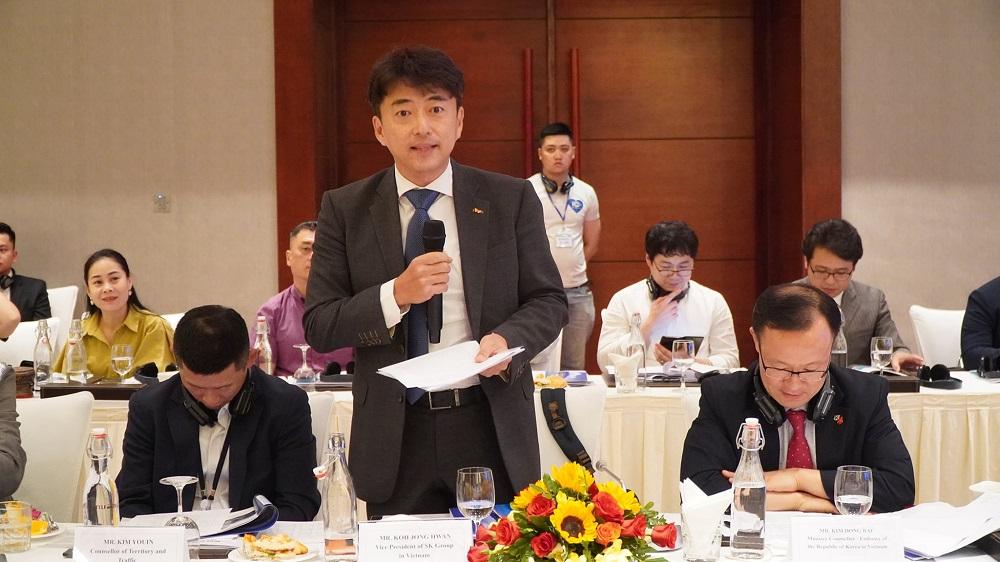 Doanh nghiệp Hàn Quốc giới thiệu các thế mạnh, lĩnh vực đầu tư của mình và mong muốn tìm hiểu cơ hội đầu tư tại Thừa Thiên Huế.