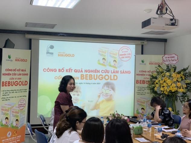 GS.TS Lê Thị Hợp đánh giá cao về hiệu quả của cốm vi sinh BEBUGOLD đối với trẻ biếng ăn, rối loạn tiêu hóa, suy dinh dưỡng.