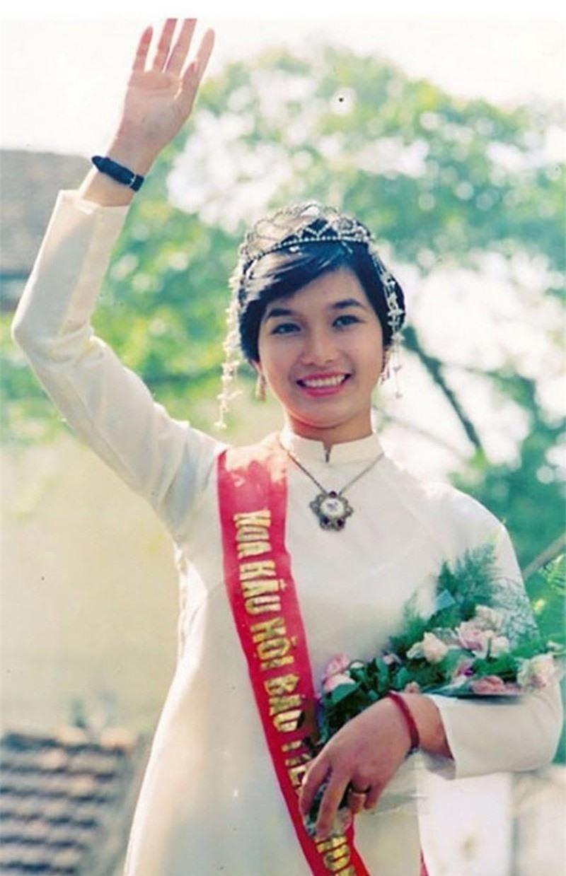 6 người đẹp ở Hà Nội từng đăng quang Hoa hậu Việt Nam ảnh 1