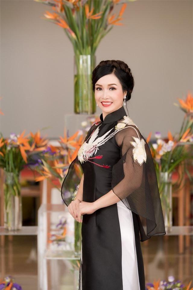 6 người đẹp ở Hà Nội từng đăng quang Hoa hậu Việt Nam ảnh 3