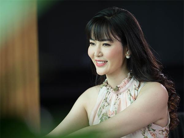 6 người đẹp ở Hà Nội từng đăng quang Hoa hậu Việt Nam ảnh 9