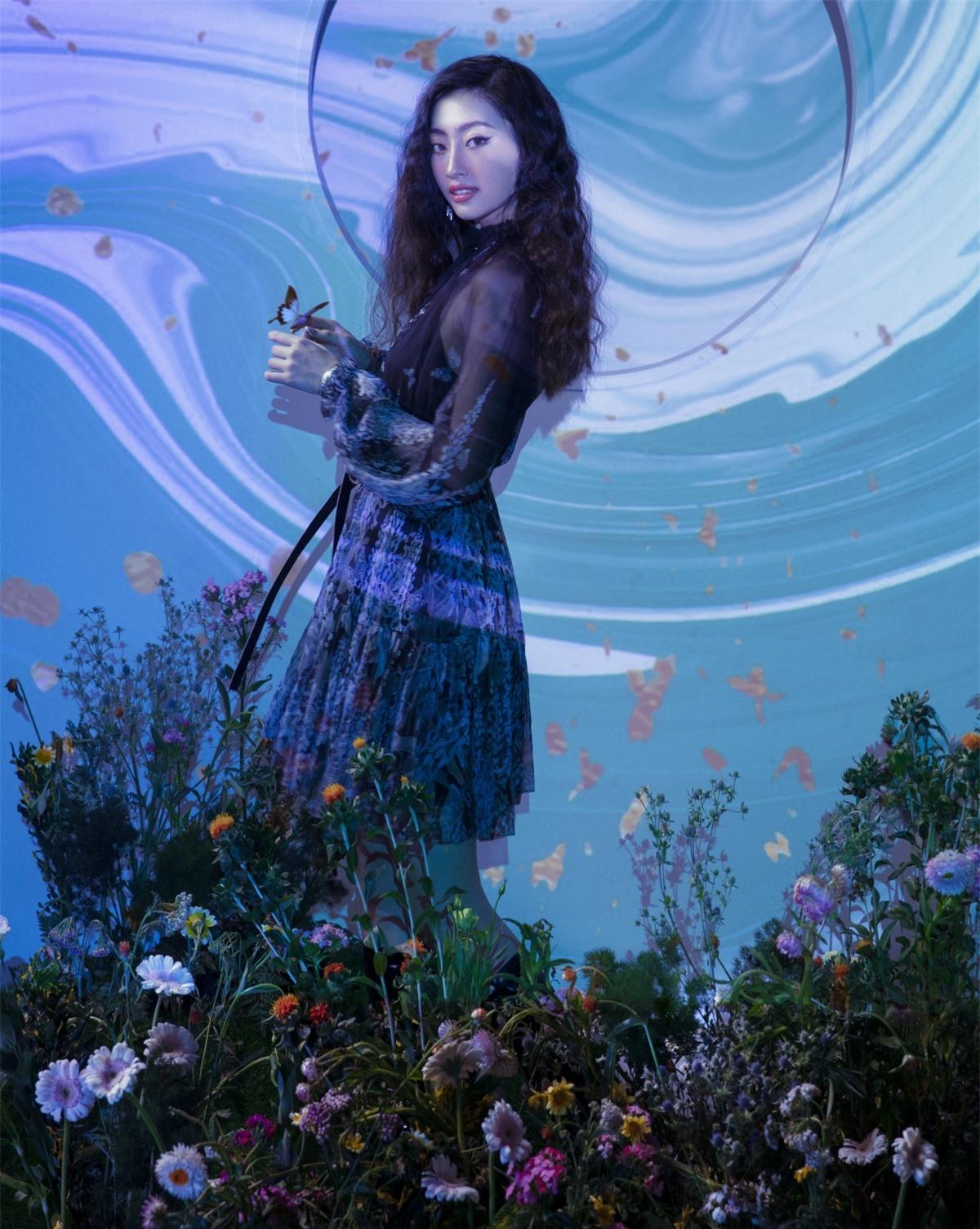 Sau đăng quang Hoa hậu, Lương Thuỳ Linh trở thành cái tên có sức ảnh hưởng lớn đến với cộng đồng thông qua những thành tích và vô số những hoạt động nổi bật.