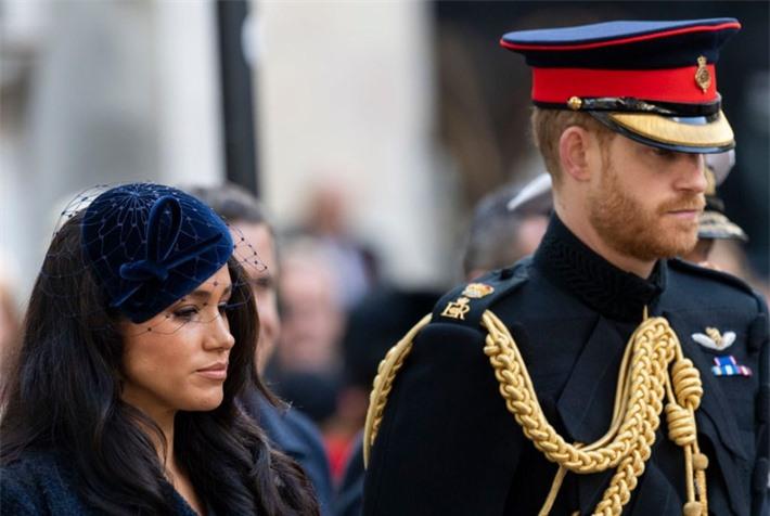Hóa ra đây mới là lý do thực sự khiến Meghan nhất quyền không về chịu tang Hoàng tế Philip, đến Nữ hoàng Anh cũng phải đồng ý - Ảnh 1.