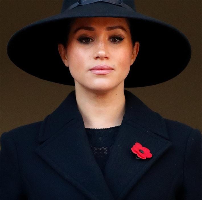 Hóa ra đây mới là lý do thực sự khiến Meghan nhất quyền không về chịu tang Hoàng tế Philip, đến Nữ hoàng Anh cũng phải đồng ý - Ảnh 3.