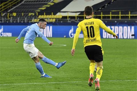 Cú sút quyết đoán nâng tỷ số lên 2-1 của Foden đã chấm dứt mọi kháng cự của Dortmund