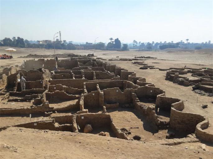 Phát hiện thành phố vàng trong truyền thuyết, đầy bảo vật độc nhất vô nhị - Ảnh 1.
