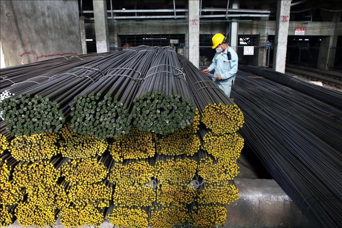 Sản phẩm thép xây dựng tại Công ty CP Thép Hòa Phát Hải Dương cung ứng ra thị trường. Ảnh: Danh Lam/TTXVN.
