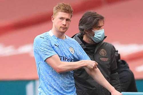 Man City 'run rẩy' chờ thông tin chấn thương của De Bruyne