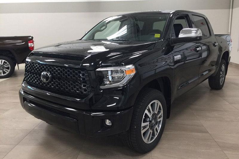 7. Toyota Tundra Platinum 2021 (giá khởi điểm: 48.895 USD).