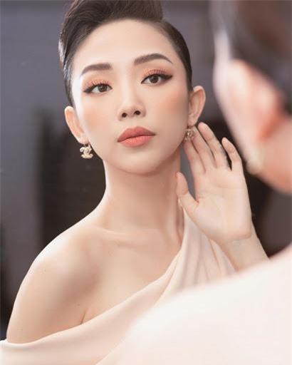 Bộ ảnh Tóc Tiên năm 18 tuổi gây 'bão' ảnh 5