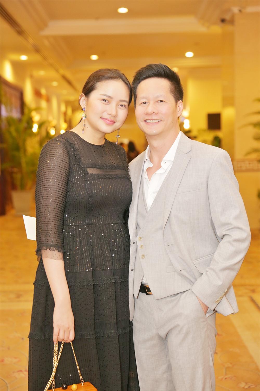 """Chiều vợ đẳng cấp đại gia như ông xã Phan Như Thảo: Chi tiền """"khủng"""" mua mảnh đất gần 5000m2 tặng bà xã trong một nốt nhạc - Ảnh 3."""