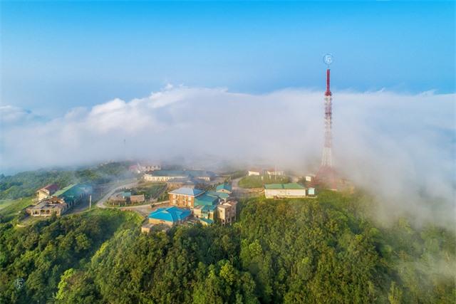 Vẻ đẹp bốn mùa trên núi Mẫu Sơn - Ảnh 20.