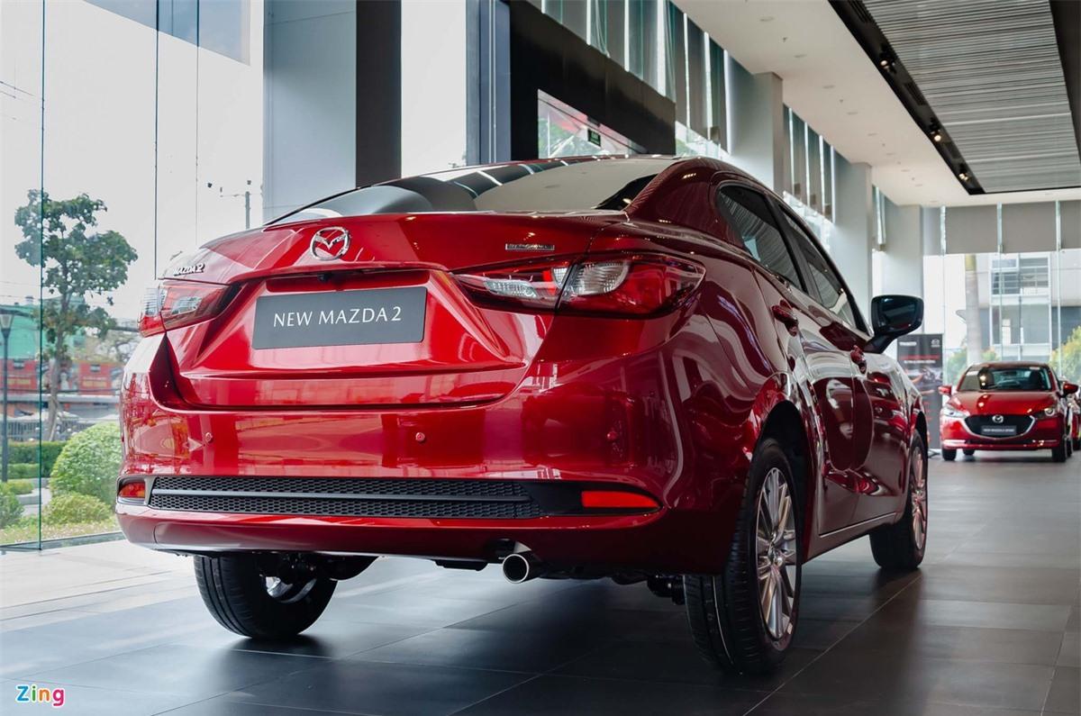 So sanh Mitsubishi Attrage va Mazda2 anh 4