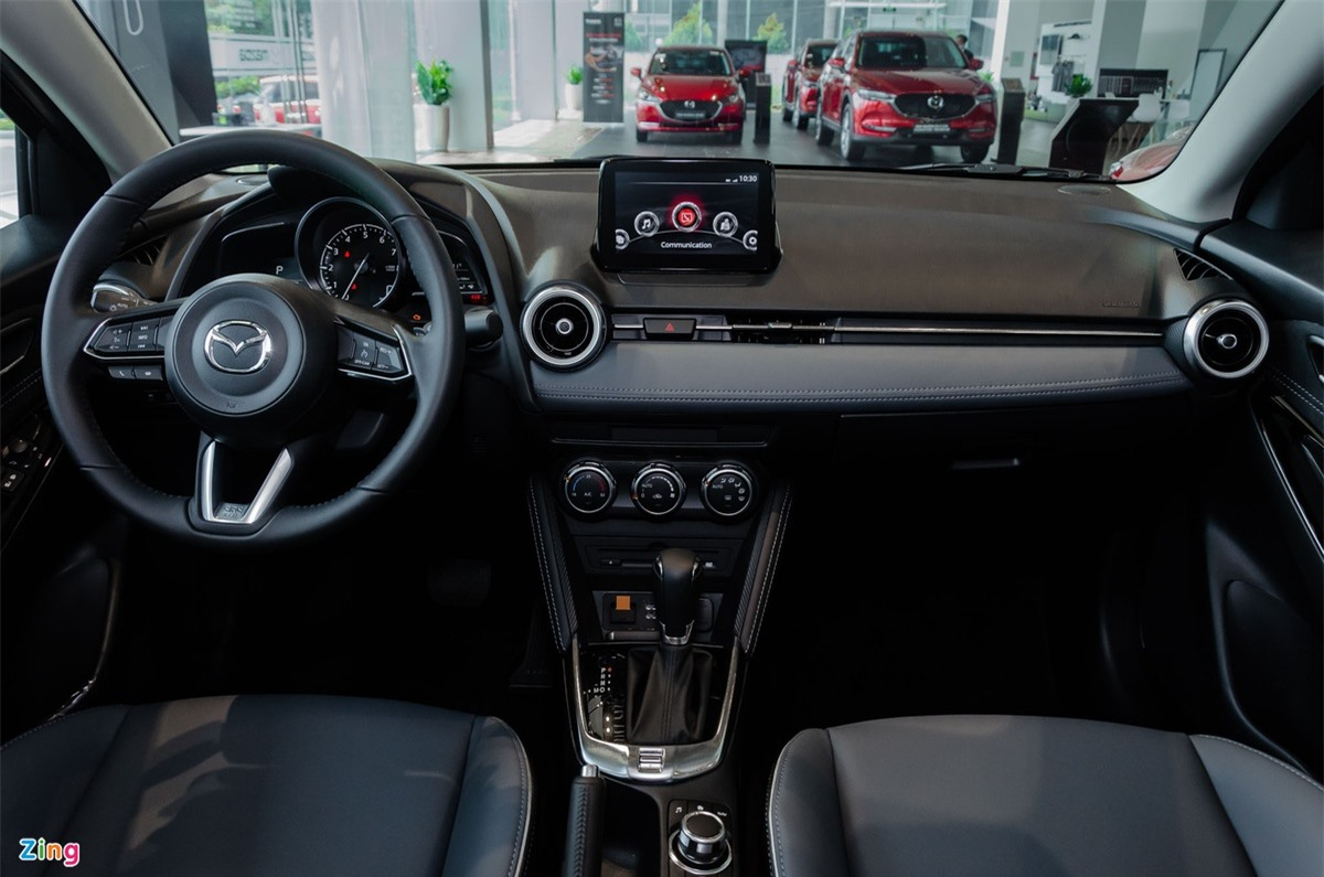 So sanh Mitsubishi Attrage va Mazda2 anh 7