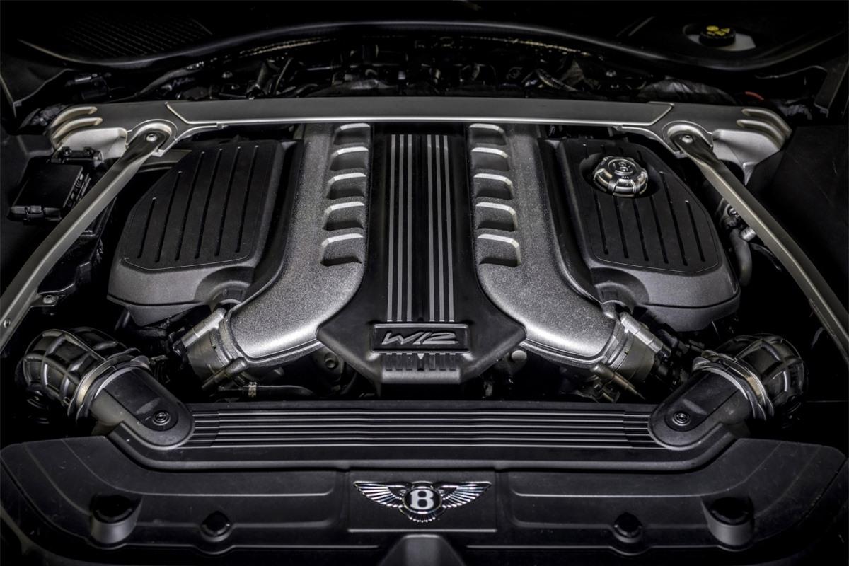 Bentley Continental GT Speed mới sẽ bắt đầu có mặt trên thị trường vào cuối năm nay với giá bán khởi điểm từ 274.900 USD.