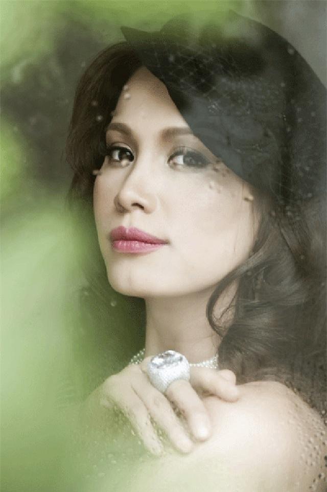 Tiết lộ đặc biệt về 3 người đẹp ở TP HCM đăng quang Hoa hậu Việt Nam ảnh 12