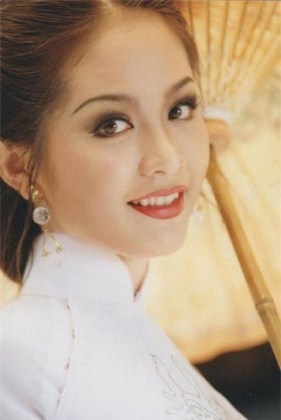 Tiết lộ đặc biệt về 3 người đẹp ở TP HCM đăng quang Hoa hậu Việt Nam ảnh 8