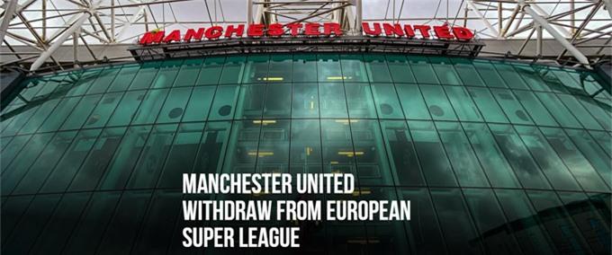 """Man United:""""Chúng tôi sẽ không tham gia Super League. MU đã cẩn thận lắng nghe phản ứng từ người hâm mộ, chính phủ Vương quốc Anh và các cổ đông lớn khác. MU vẫn cam kết làm việc với những người khác trong cộng đồng bóng đá để đưa ra các giải pháp bền vững cho những thách thức lâu dài mà bóng đá đang phải đối mặt"""""""