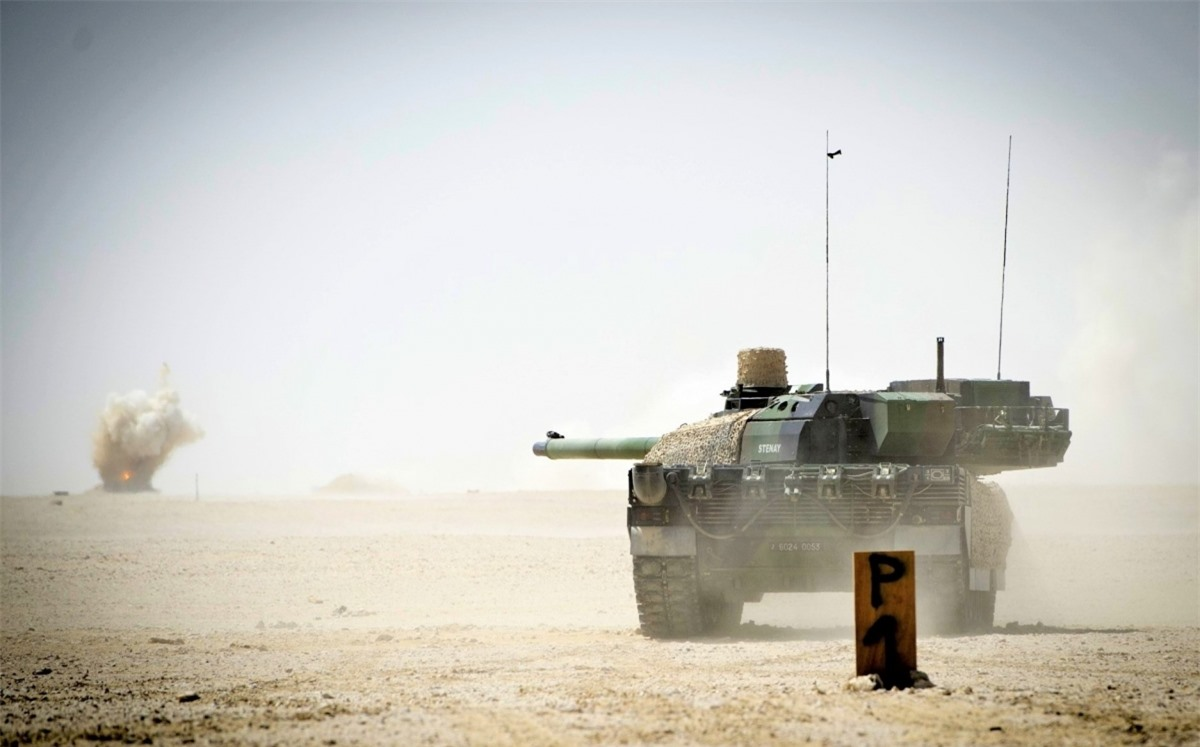 Lực lượng mặt đất Pháp hiện có gần 250 xe tăng và xe đặc chủng dùng khung gầm Leclerc; Nguồn: wall.alphacoders.com