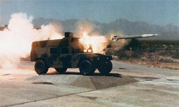 [ẢNH] Siêu tên lửa chống tăng Mỹ hủy diệt xe tăng từ khoảng cách 10km - ảnh 3
