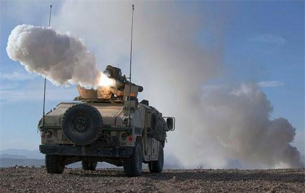 [ẢNH] Siêu tên lửa chống tăng Mỹ hủy diệt xe tăng từ khoảng cách 10km - ảnh 4
