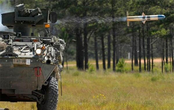 [ẢNH] Siêu tên lửa chống tăng Mỹ hủy diệt xe tăng từ khoảng cách 10km - ảnh 5