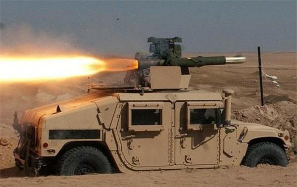 [ẢNH] Siêu tên lửa chống tăng Mỹ hủy diệt xe tăng từ khoảng cách 10km - ảnh 7