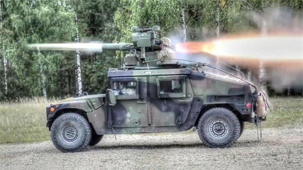 [ẢNH] Siêu tên lửa chống tăng Mỹ hủy diệt xe tăng từ khoảng cách 10km - ảnh 9