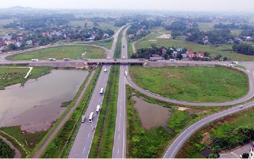 Thái Nguyên có vị trí đắc địa nằm ở trung tâm của vùng kinh tế trọng điểm phía Bắc và hệ thống hạ tầng kết nối hiện đại