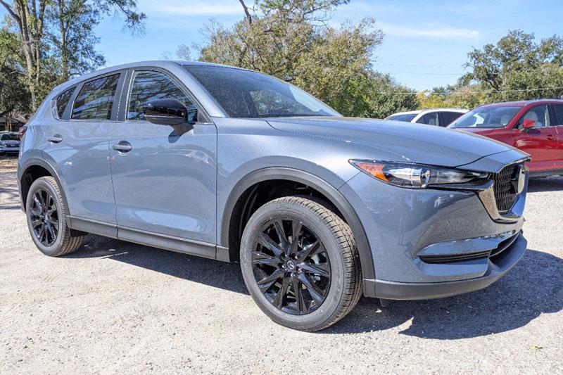 1. Mazda CX-5 2021 (giá khởi điểm: 25.270 USD).