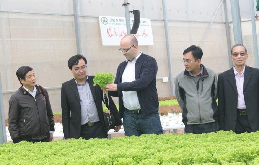 Du lịch canh nông góp phần đa dạng hóa sản phẩm du lịch, tăng thu nhập của người nông dân, tăng giá trị tổng hợp của ngành nông nghiệp, thúc đẩy phát triển kinh tế - xã hội tỉnh Lâm Đồng.